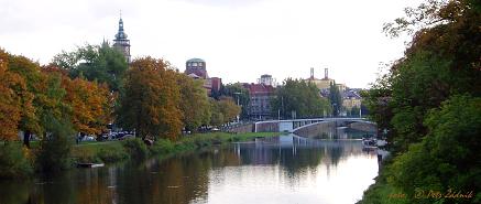 g) Hradec Králové