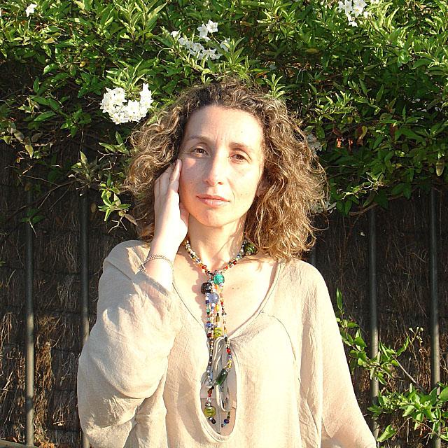 Crystal necklace. Túnica oversize-Oversized tunic. Visit www.forarealwoman.com  #moda #fashion #blogger