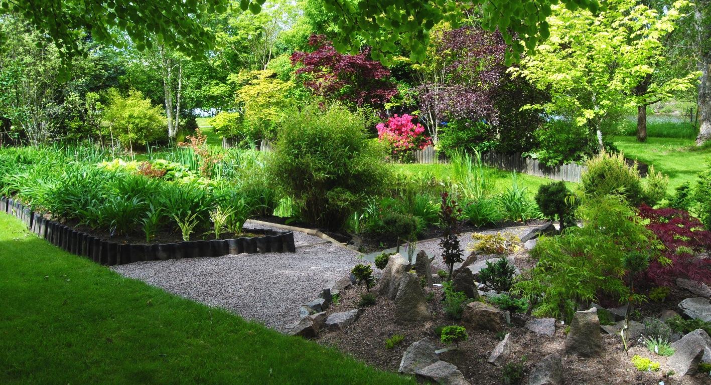 Trädgård Grus : Olssons trÄdgÅrd garden in sweden juni