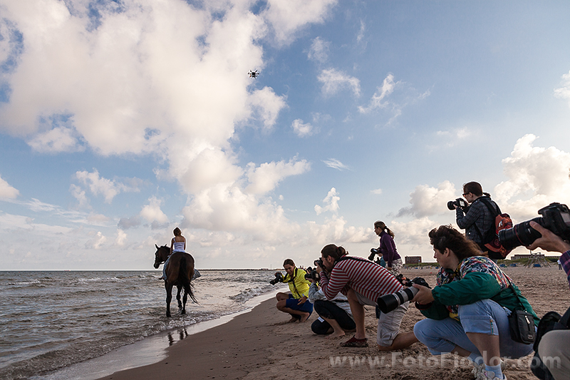 Fotografēšana no gaisa, ar bezpilota lidaparāta palīdzību, un zemes Svetlanas Petrovas master-klases laikā Art Camp 2013