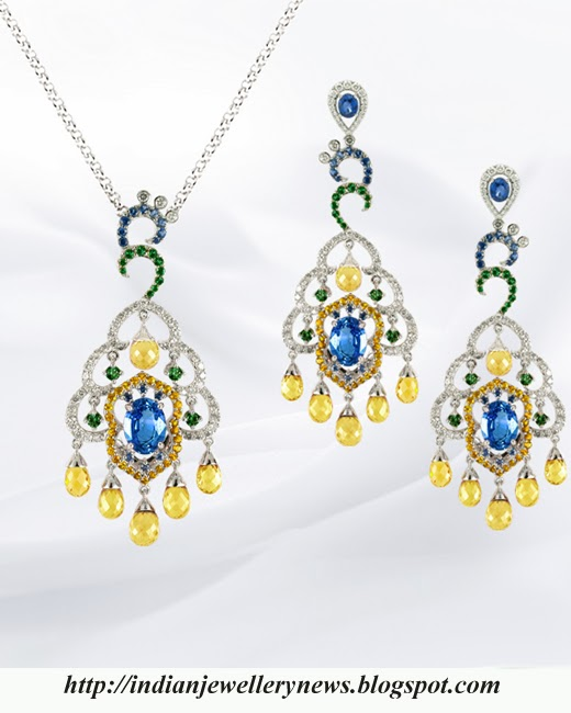 Beautiful Peacock Necklace with Earring Set