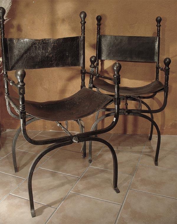 pareja de silla curul siglo 19 de forja