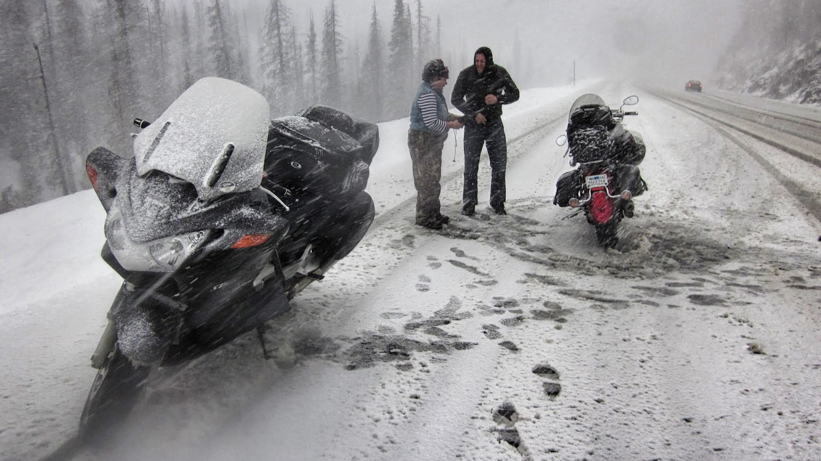 wolf creek pass snow motorcycles