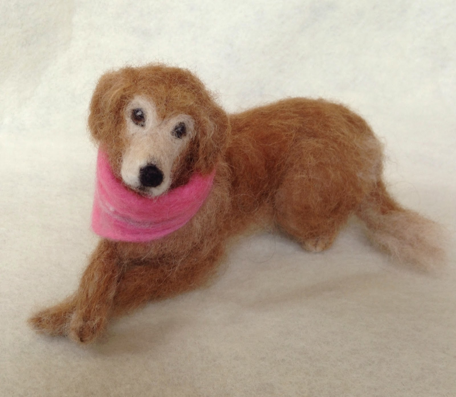 Needle felted golden retriever