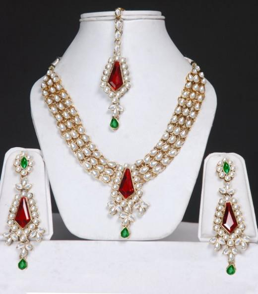 Kundan Jewellery Designs For Women