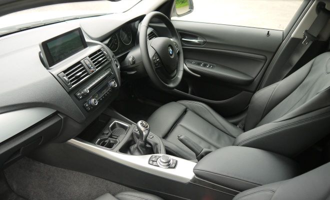BMW 116d Efficient Dynamics interior