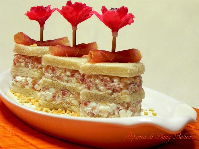 hiperica_lady_boheme_blog_di_cucina_ricette_gustose_facili_veloci_antipasto_mousse_di_prosciutto_crudo_e_fiocchi_di_latte
