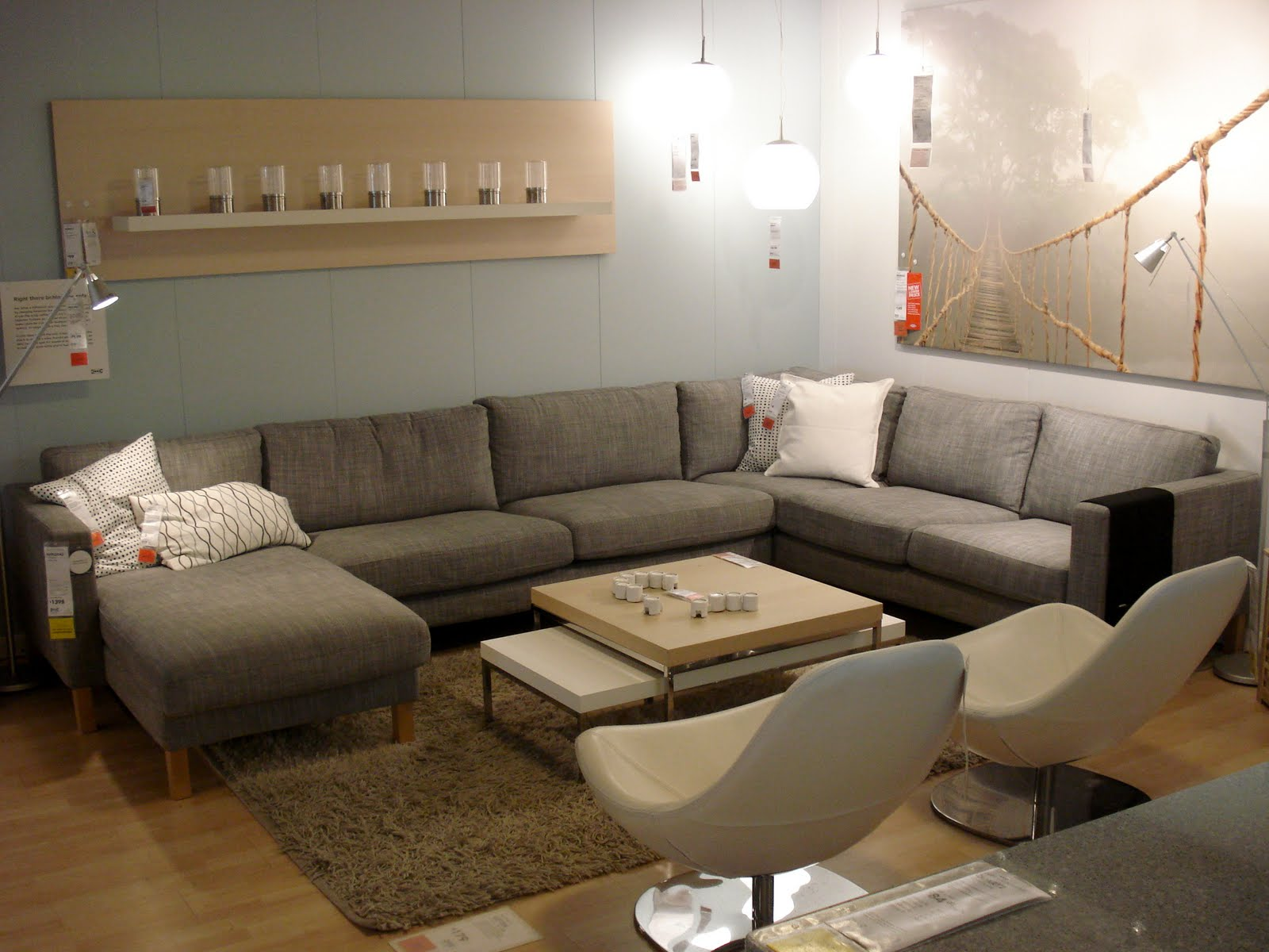 Lovely Lalaland Sectional Shopping