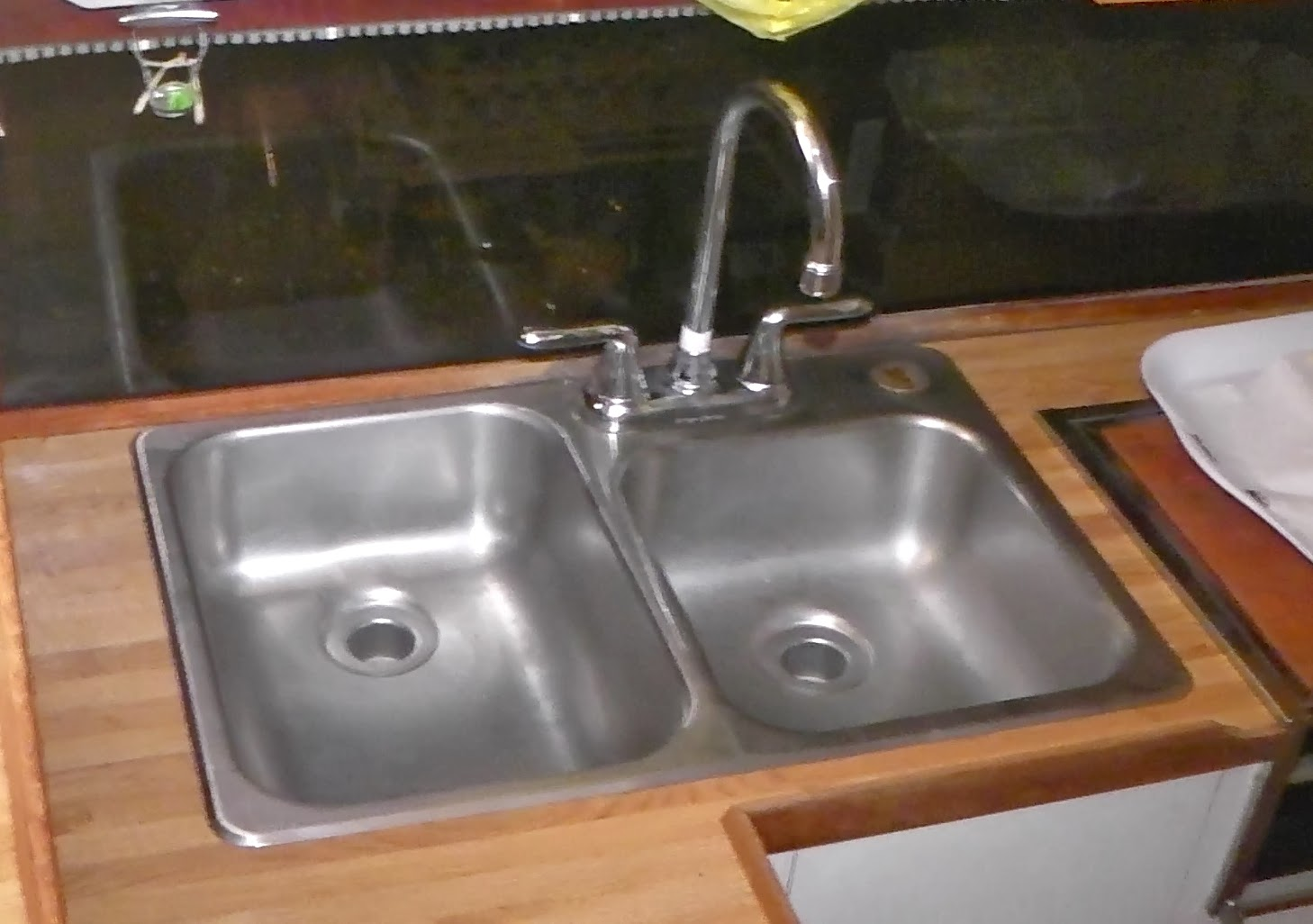 Silverton 34C: Removing a leaky faucet