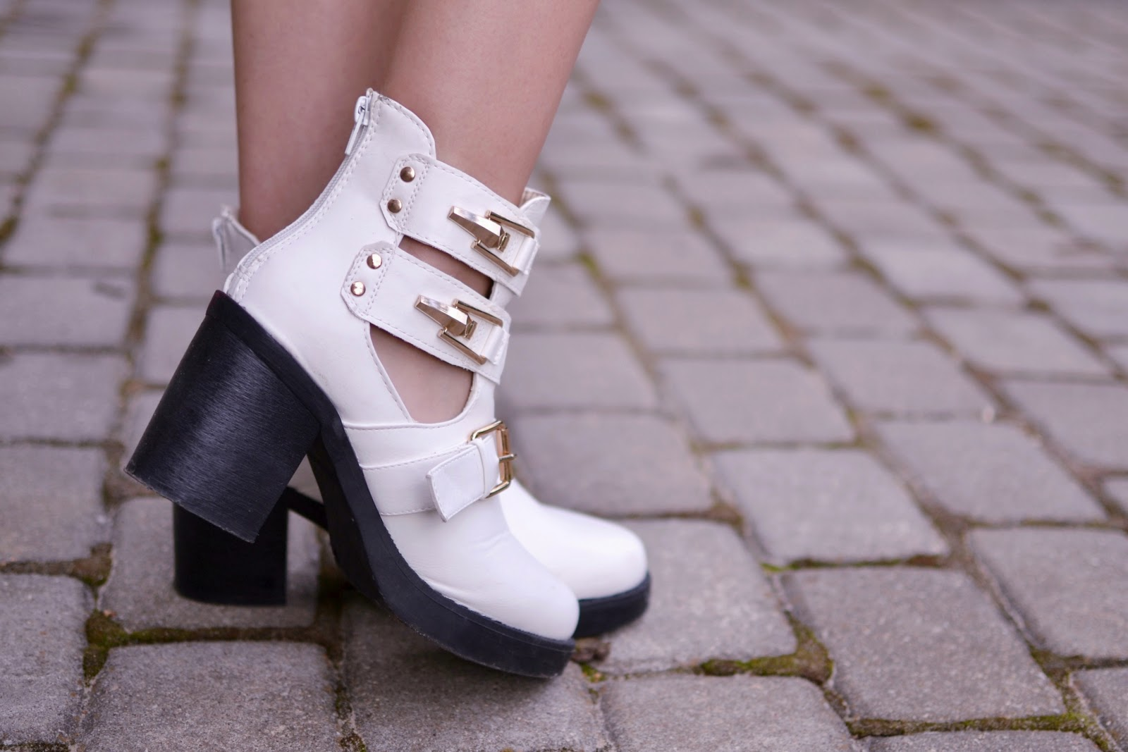 White cut out boots quiz