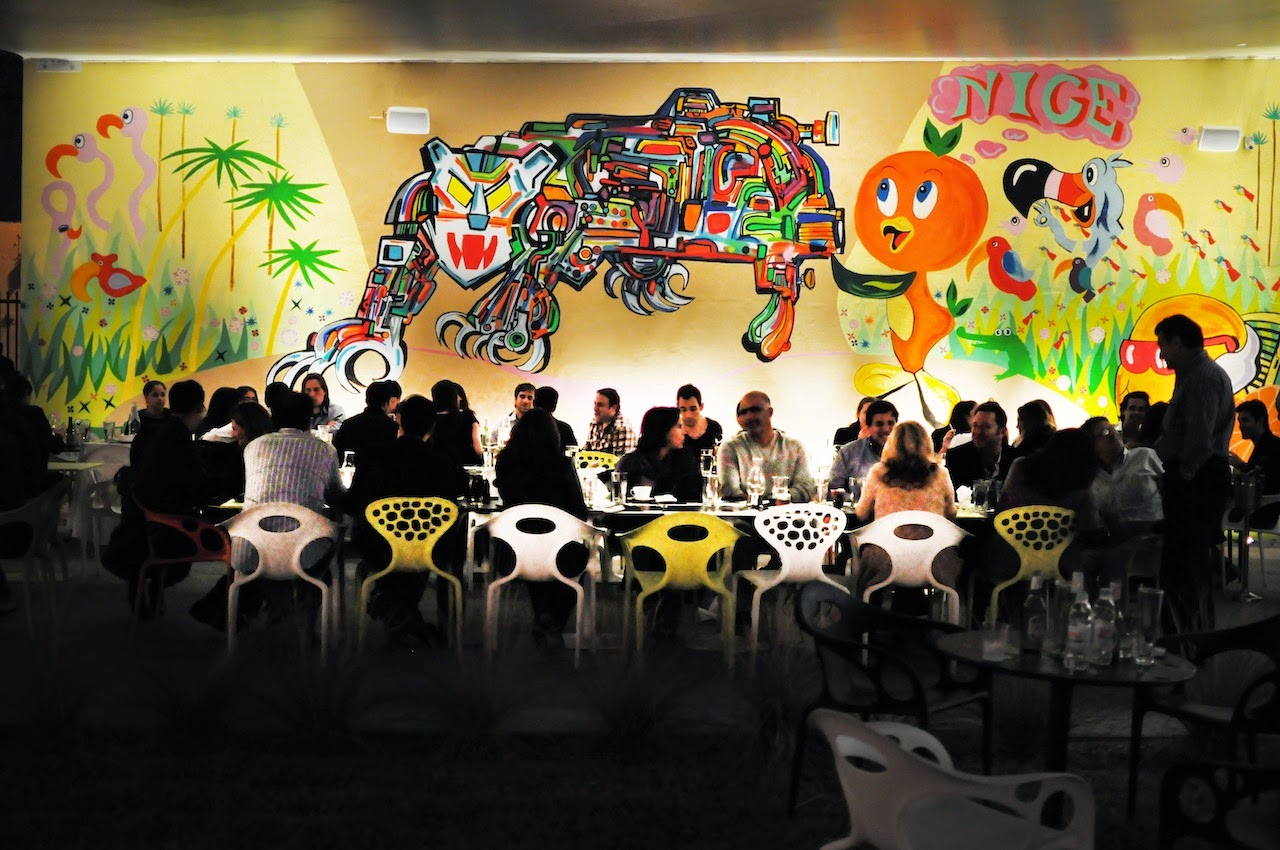 Food, Drinks and Wall Graffiti at Wynwodd Art Walk