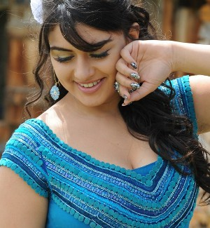 Hansika Motwani Hot Photo 2012 - (6) - Hansika Motwani Hot Photo Gallery