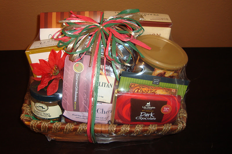 This Is Review Is Perfect For You I Was Asked To Review The Christmas Gift Basket From Gourmet Gift Baskets And Retails For 59 99