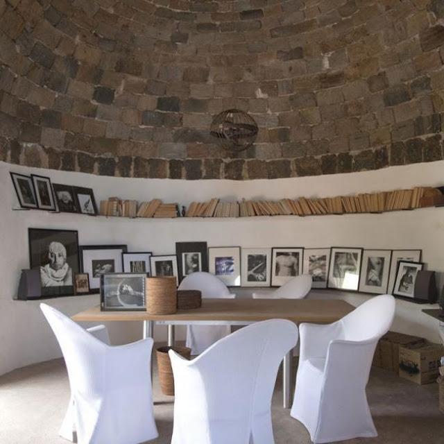 Design urbain dans une maison préhistorique...splendide!