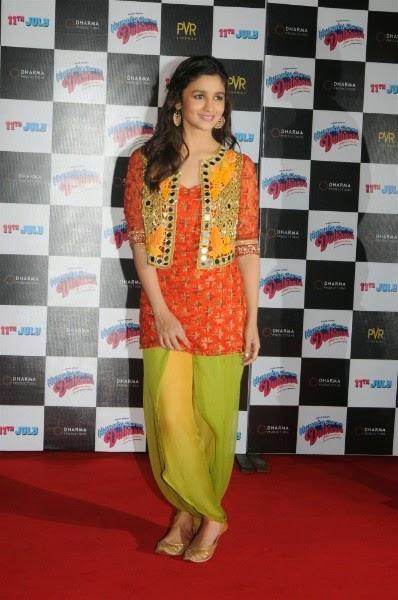 Alia Bhatt at Humpty Sharma Ki Dulhania trailer launch