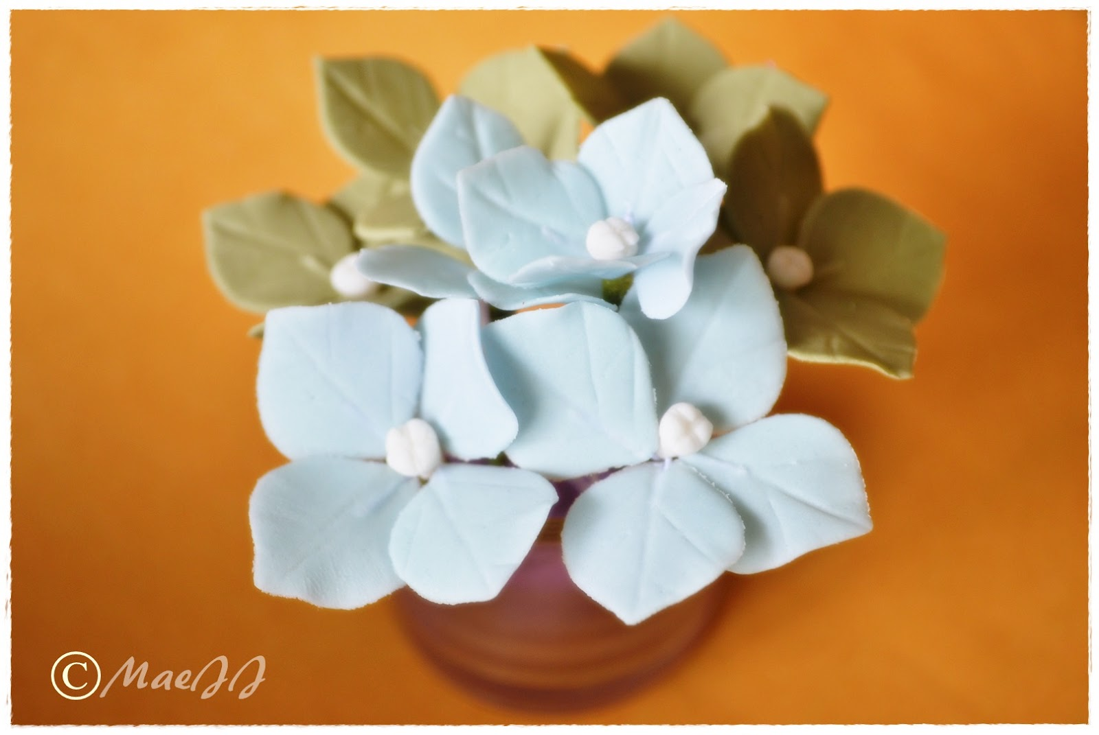 how to make gum paste hydrangeas