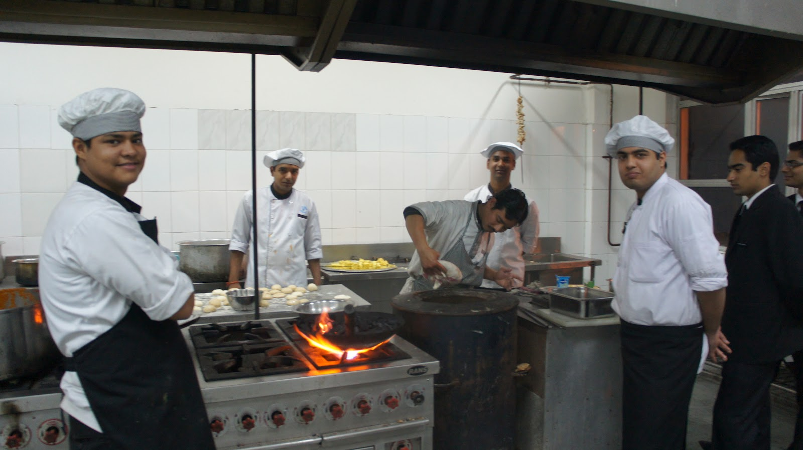 Institute Of Hotel Management Catering Technology I Was Even Invited Into The Kitchen To See How Tandoori Chicken And Naan Bread Prepared
