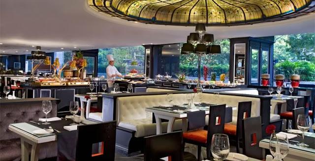 Nhà hàng khách sạn tại Singapore