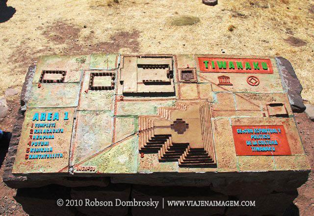 sitio arqueologico de tiahuanaco
