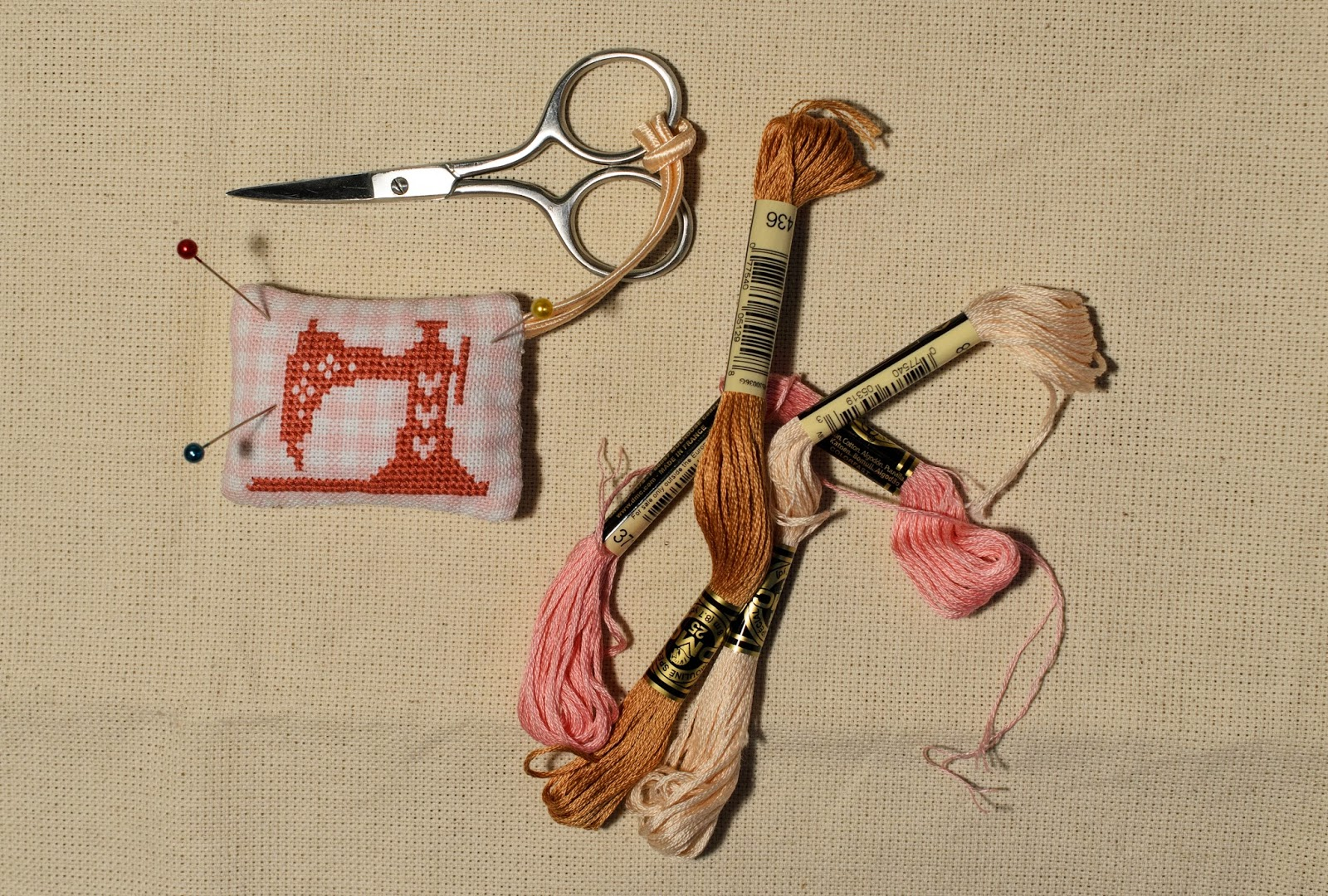 Маячок для ножниц: мастер-класс Крестик - Вышивка крестом и 44