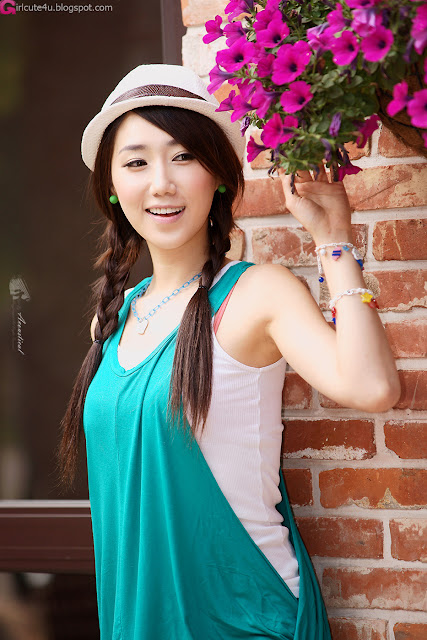 4 Cute Lee Sung Hwa-very cute asian girl-girlcute4u.blogspot.com