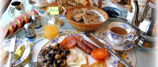 Frases De st-st patrick-saint patrick: Happy St Patick's Day  Full Irish Breakfast