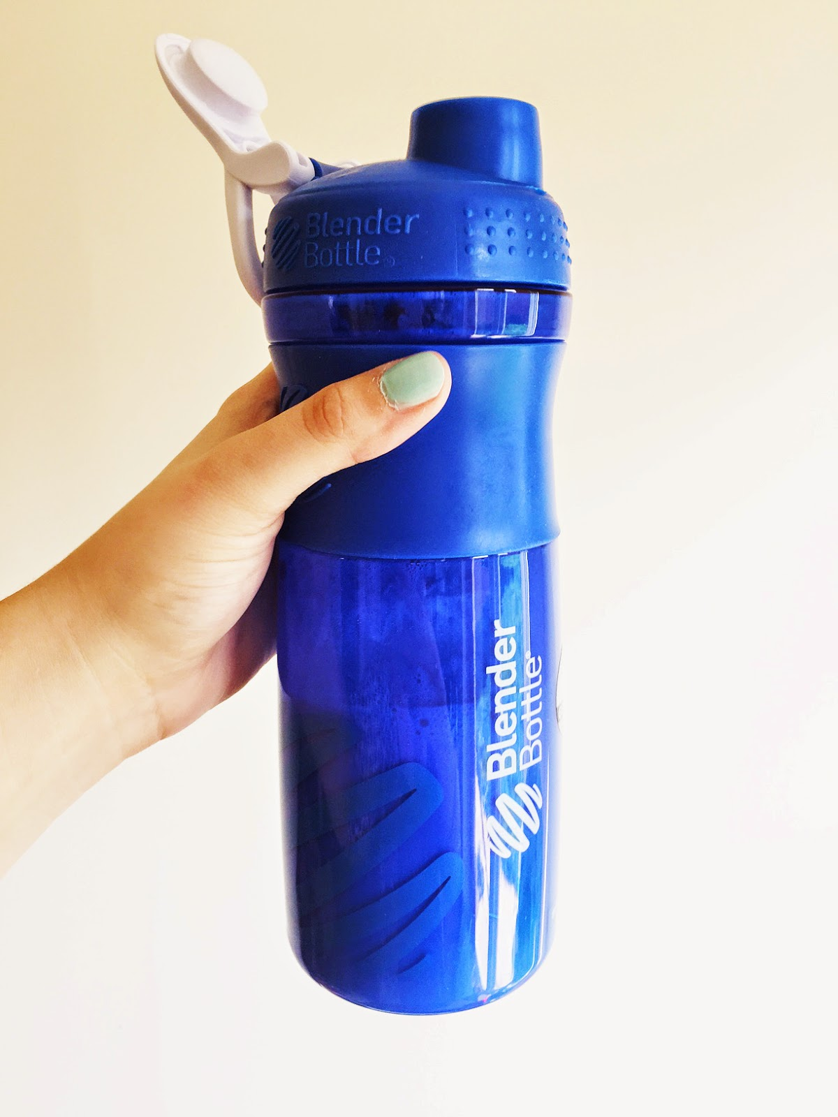 Blender Bottle with Exante Deliciously Different Shake