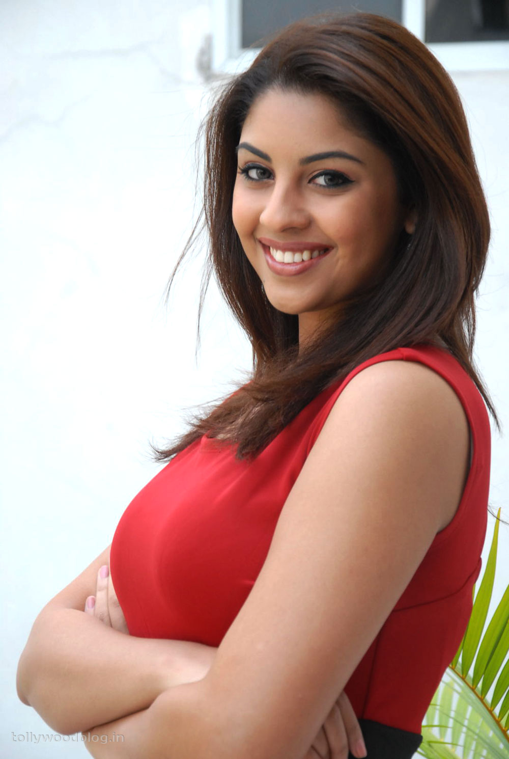 Richa Gangopadhyay Latest Hot Photos Stills