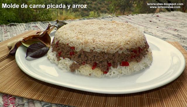 Molde de carne picada y arroz.