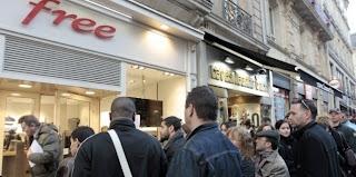 Free center d'Angers après le lancement de Free Mobile