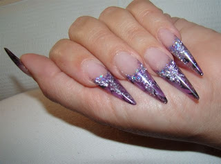 Izlivanje-noktiju-Stiletto-nokti-017