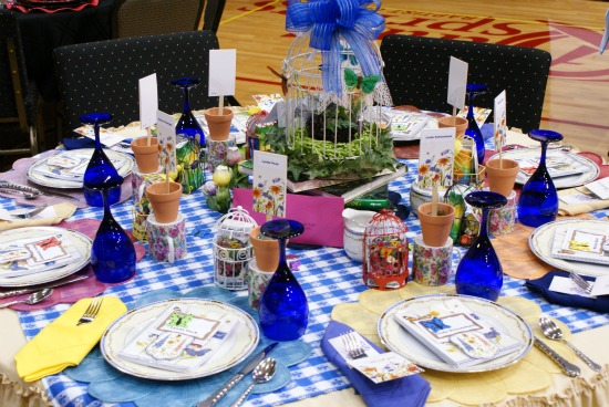 Each seat at this table had it\u0027s own set of butterfly wings! & Spring Luncheon Stage and Table Decoration Ideas - Dimples and Tangles