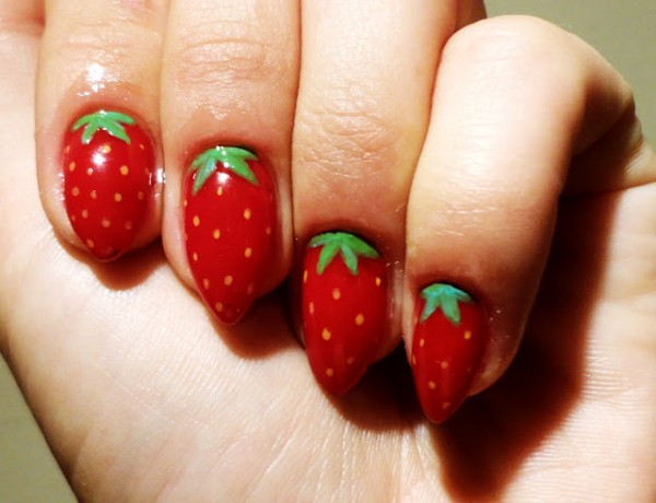 New Fashion Styles: Latest Girls Fashion Nail Design 201314