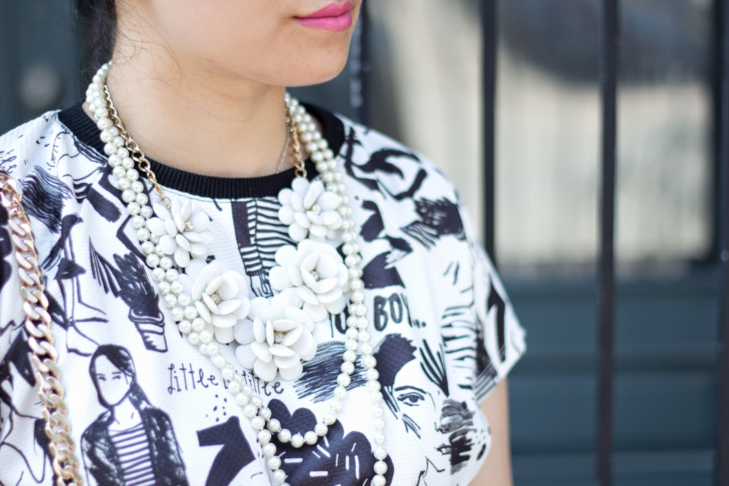 black-and-white-graphic-dress, statement-necklaces