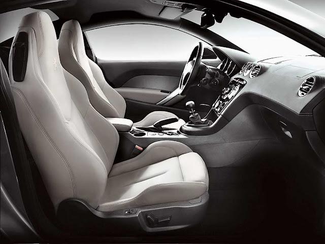 Peugeot RCZ inside image