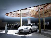 Renault Fluence Z.E 2012