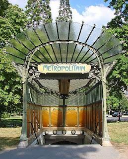 Héctor Guimard. Puerta Dauphine del Metro de París. 1867-1942.