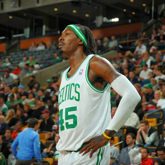 Bayless had the big game for the Celtics, but Wallace was the rock