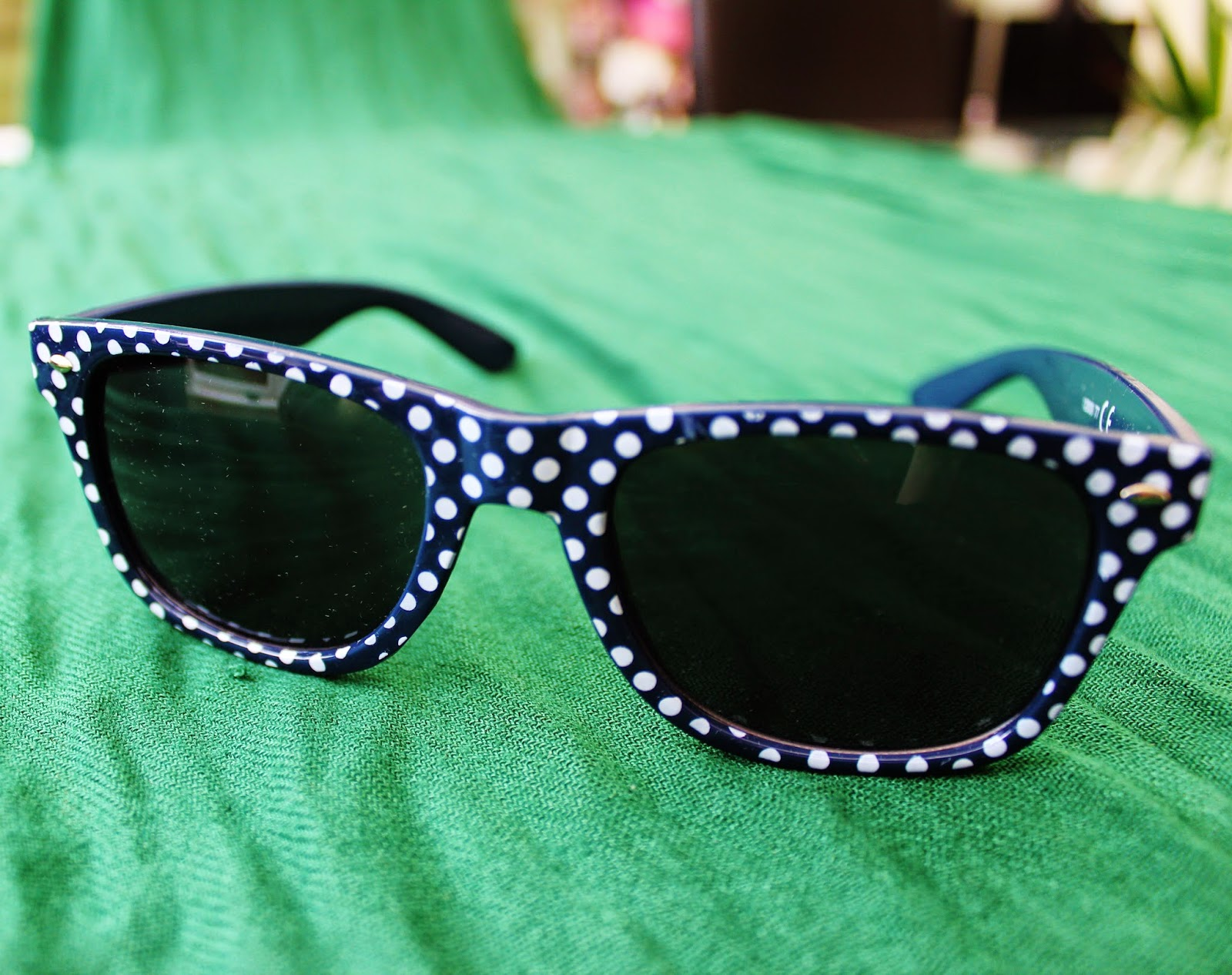 Navy Spotted Sunglasses
