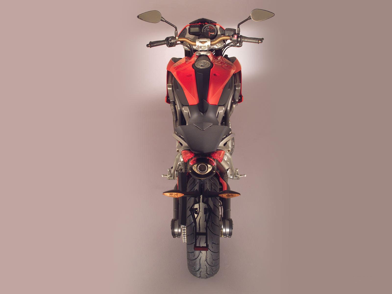 http://1.bp.blogspot.com/-knXk43xEzBE/Tr28xuxhz7I/AAAAAAAADwo/JWMmEAiSKdk/s1600/2005_Benelli-TNT-1130_motorcycle-desktop-wallpaper_04.jpg