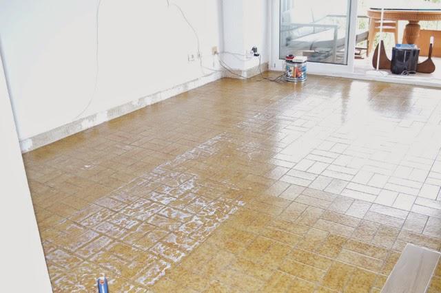 Diy el cambio del suelo de mi casa con las laminas de - Suelo vinilico click leroy merlin ...