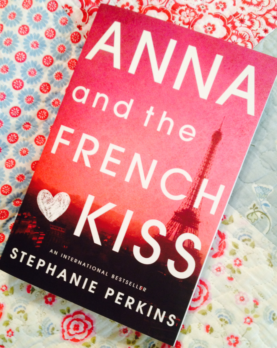 anna and the french kiss 2017-1-21 title: anna and the french kiss author: stephanie perkins published: december 2010 rating: ★★★★ summary: anna is plucked from her comfortable life in atlanta to attend a boarding school in paris for her senior year of high school, courtesy of her successful author father.