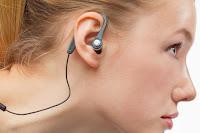 Bahaya Pemakaian Headset