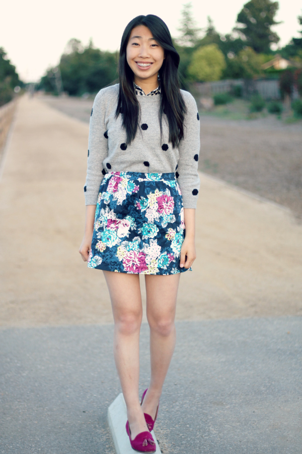 print mixing school outfit