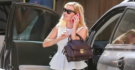 Look of the Day: Reese Witherspoon still class 7