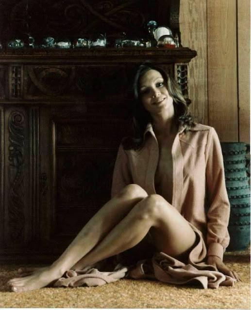 Victoria Principal rocking the 1970s