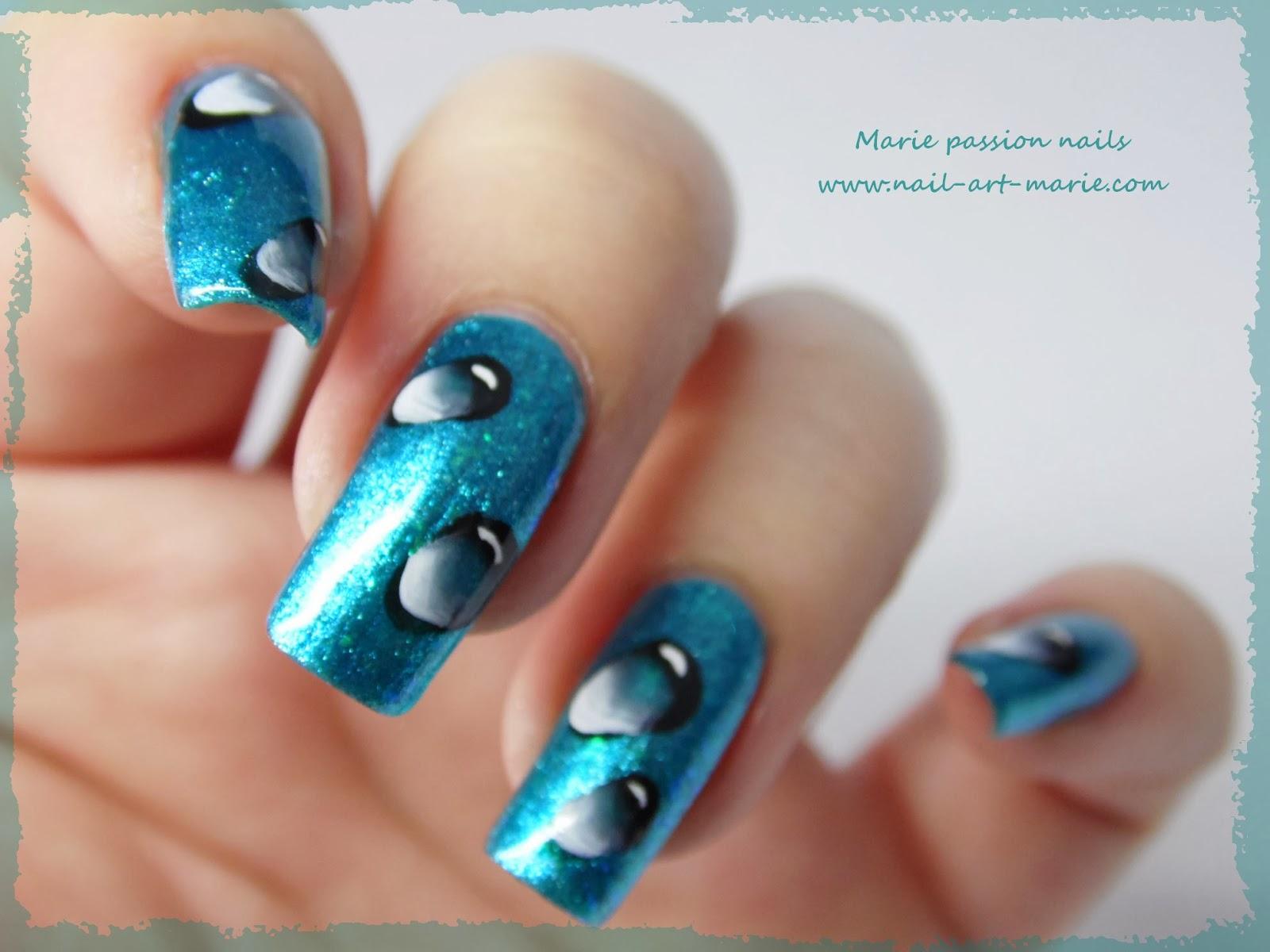 Nail Art gouttes d'eau en one stroke6