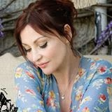 pearl lowe booksigning vintage at the village hall 14th October