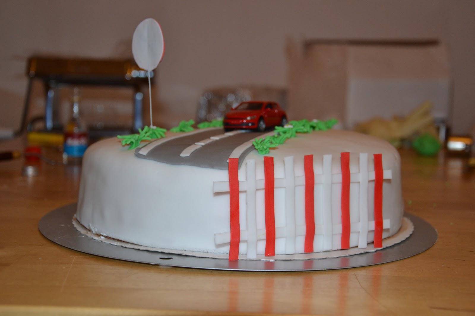 Cake Art Decor Zeitschrift : Die Kuchenuli: Marz 2013