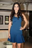 Sunny Leone shoots for MTV's new series 'Webbed'-3